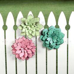 Set of 3 3D Flowers Wall Metal Hanging Trio Sculpture Outdoor Indoor Decor 9#x27;Dia $43.95
