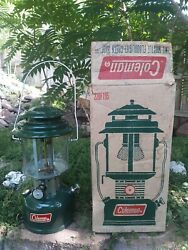 Excellent Coleman lantern model 220 F195 Two Mantel Made in April 1972 $99.99