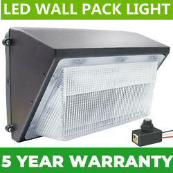 70W LED Wall Pack 5500K Cool White Commercial Light Wall Mount IP65 Dusk to Dawn