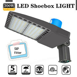 LED Parking Lot Light 300W IP65 Outdoor Commercial Light Photocell Dusk to Dawn