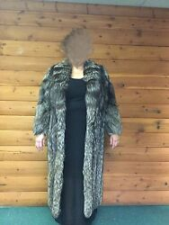 full length silver fox fur  XL Keep warm with this gorgeous coat