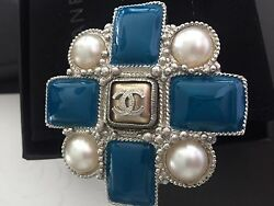 Chanel Brooch NWT AMAZING !