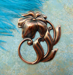 ANTIQUE COPPER Art Deco Flower Stamping ~ Oxidized Finding (FA-6105)