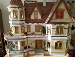 Dollhouse Queen Ann. Furniture lamps and chandeliers included