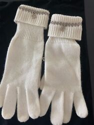 Chanel gloves 100% cashmere with chain and CC toggle