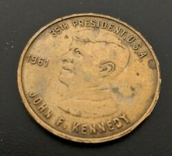 RARE JFK 35th President Commemorative Coin Medal with Etched Kennedy Autograph $797.00