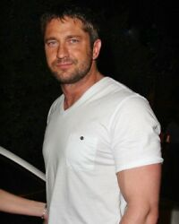 GERARD BUTLER candid photo looking HOT in white T L176