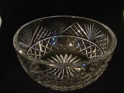 CONTEMPORARY CRYSTAL BOWL WITH DIAMOND AND FAN CUTS $7.99