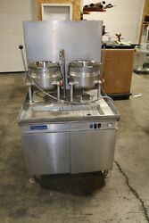 Cleveland Dual 6 Gallon Tilt Kettles  Steam Jacketed Gas w Generator Base