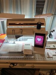 Husqvarna Viking Designer Ruby Royale Electronic Sewing & Embroidery Machine