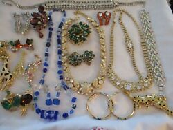 COSTUME JEWELRY GORGEOUS PIECES NECKLACE'S BRACELET'S PINS AND EARRINGS