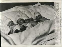 1940 Press Photo The 3 day old Short family Quadruplets inside their incubator