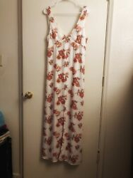 Forever 21 Floral Maxi Dress Size Small With Split In Front $25.00