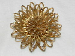 Vintage Large Gold Tone Chrysanthemum Flower Pin 3D Layered Petals Brooch
