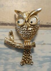 Vintage Jewelry Gold Tone Owl Goggly Eyes Dangle Signed AVON Brooch Pin