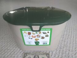 plastic countertop compost bucket $5.00