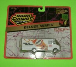Road Champs Deluxe Series Chee-Tos Step Van # 5900 $10.00