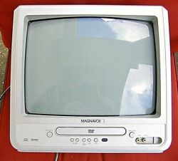 Retro Magnavox MWC13D6 13quot; Color TV DVD Combo Front Gaming Inputs CRT w Remote $49.50