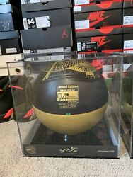 Kobe Bryant 'Hall of Fame' Spalding Basketball Ltd Edition 1 2408 NEW IN HAND $1299.99