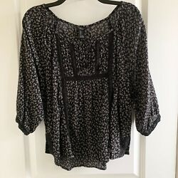 Forever 21 Black Floral Lace Boho Top Women#x27;s Large $5.99