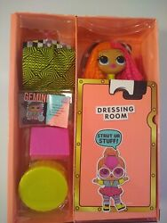 *open box* LOL Surprise OMG Big Sister Fashion Doll Neonlicious new $20.99
