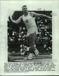 1962 Press Photo Discus champion Al Oerter winds up to throw the discus $19.99