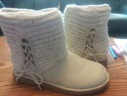 SO Short Winter Fall Womens Boots Size 7 $10.00