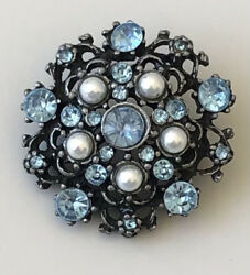 Vintage flower brooch Pin $6.80