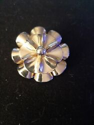 Vintage flower Brooch Pin gold tone metal $8.00