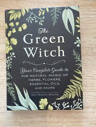 p3a The Green Witch : Your Complete Guide to the Natural Magic $8.64