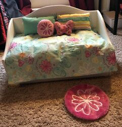 American Girl Doll Pullout Bed and Nightstand $100.00