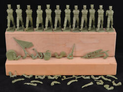 Starlux Luxe Foreign Legion Band - set of 11 - 60mm unpainted Toy Soldiers