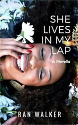 She Lives In My Lap (Paperback or Softback)