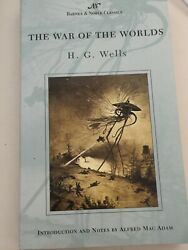The War of the Worlds by H. G. Wells 2004 Paperback $5.00