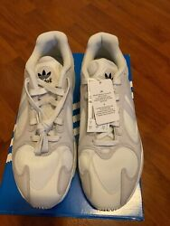MENS ADIDAS YUNG 1 CLOUD WHITE SIZE: 10 $50.00