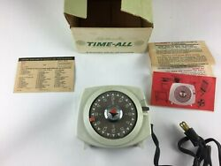 Vintage Intermatic Automatic Time All Lamp and Appliance Timer Model A211 6