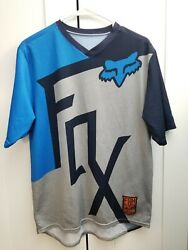 FOX MTB SHORT SLEEVE Shirt medium $20.00