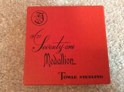 TOWLE *** 12 DAYS OF CHRISTMAS STERLING SILVER MEDALLION BOX *** 1971 BOX ONLY $28.99