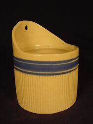 RARE SIGNED BLUE BAND HULL SALT BOX YELLOW WARE MINT