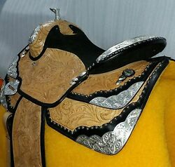 TOOLING western show saddle with tack set 17