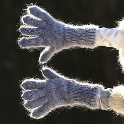 Gray hand knitted mohair gloves soft ski winter grey hand warmers by SUPERTANYA