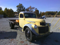 1947 GMC 2 Ton Truck with Flat Bed