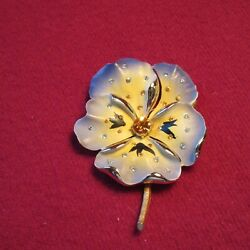 Vintage Flower Brooch Pin $8.00