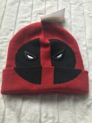 NWT $26 Marvel Deadpool Face Adult Men's Women's Red Black Beanie $12.00