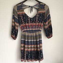Hollister Boho Mini Dress Size S Open Cut Out Tie Back 34 Sleeve Floral V-neck $21.00