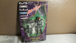 ALIENS Hive Wars Corporal Hicks figure with Cyborg Dog & Blaster Kenner 1998 NEW $20.00