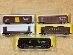 Atlas N Scale Freight Cars Union Pacific Southern Pacific $34.95