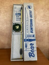Vintage Bear Bowfishing Outfit w Original Box $95.00