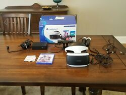Sony Playstation VR with camera and move controllers 2 games $205.00
