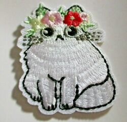 Little White Cat with Flowers Embroidered Patch sew or Iron On 2quot;x1.5quot; $2.75
